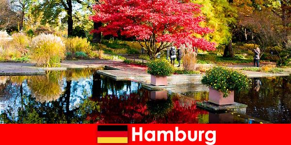 Hamburg en havneby med store parker til en afslappende ferie