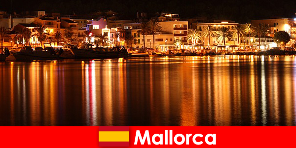Natteliv på Mallorca med smukke kvinder fra den erotiske scene