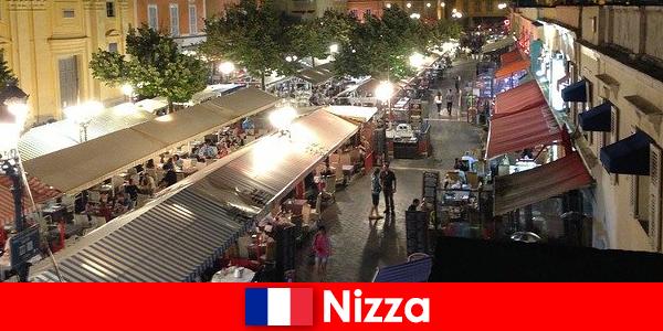Nice tilbyder hyggelige restauranter og velbesøgt natteliv for udlændinge