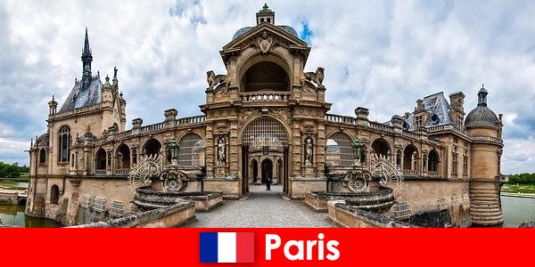 Seværdigheder og interessante steder i Paris for kunst og historier elskere