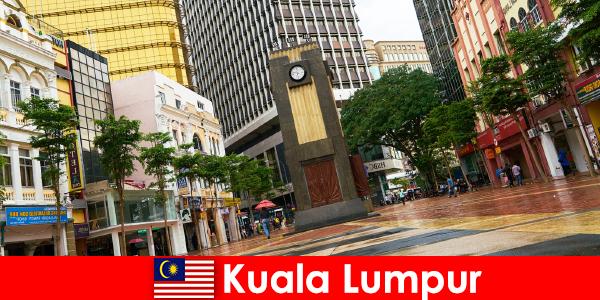 Kuala Lumpur kulturelle og økonomiske centrum af det største storbyområde i Malaysia