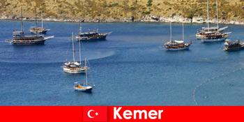 Adventure tur med båd i Kemer Tyrkiet for par og familier i kærlighed
