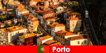 Weekend spadseretur gennem den gamle bydel i Porto Portugal