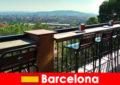 Ren storby flair for besøgende til Barcelona Spanien med barer, restauranter og kunstscene